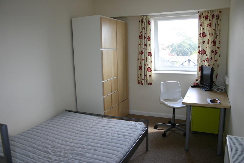 Cluster Flat Double Bedroom